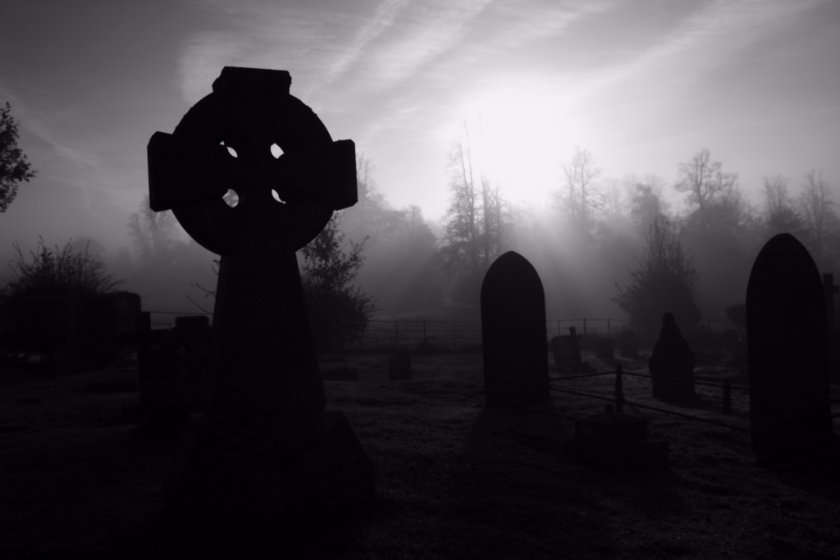 The Gravedigger mystery2016 stories